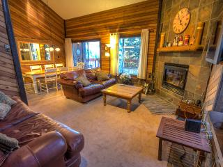 3 Levels on Navajo Slopes! Ski out to lifts... 2 Masters- 3 bed/3 ba- Newly added!, Brian Head
