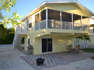 Bayside home with dock!, Key Largo