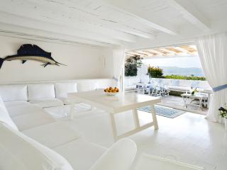 Amazing Four-bedroom Villa with double Sea-View, Porto Rotondo