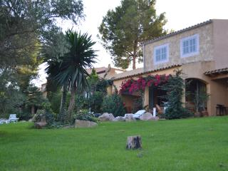 Finca Rustica in idyllic location close to the beach, Son Servera