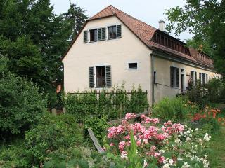 Vacation Apartment in Dresden - quiet, historical, natural (# 3722)