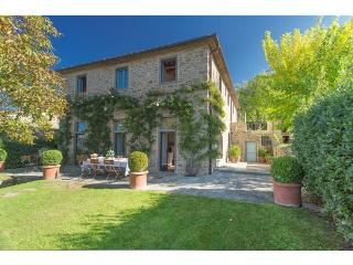 A SOPHISTICATED AND ELEGANT VILLA WITH TUSCAN VIEW, Loro Ciuffenna