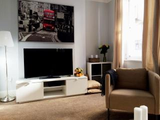New! Luxury! 2bed/2bath CoventGarden 3 min tube, Londen