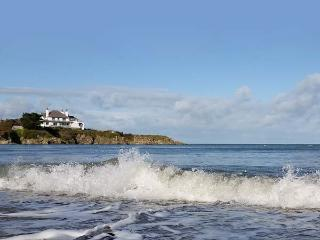 ANGORFA, character holiday cottage, with a garden in Cemaes Bay, Isle Of Anglesey, Ref 5636