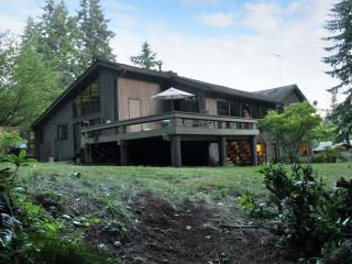 Wine Country House in the Woods, Woodinville