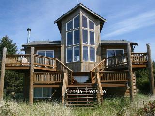 Beautiful one of a kind ocean front home, Ocean Shores