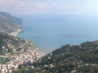 The gold house with sea view, Ravello
