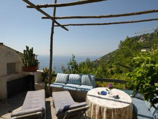 The Honeymoon with outdoor and sea view, Ravello