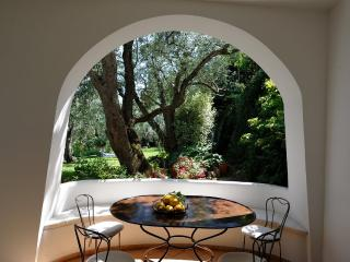 Villa Mareluna with terrace/garden and sea view, Ravello