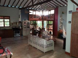 Quinta Caracol - 5 minutes drive from beach, Paraguachi