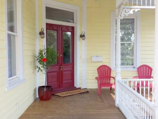 Hip Historic Downtown 3 BR House, Wilmington