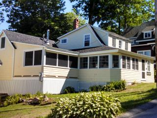 The LUV Cottage, Northport, Maine (in Bayside)