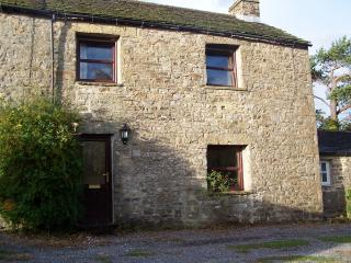 1 Swallowholm Cottages, Reeth