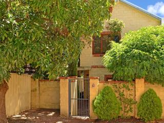 ROKEBY TOWNHOUSE, Subiaco