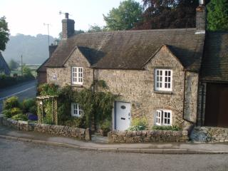 Yew Tree Cottage - cosy, charming, stone cottage, Fenny Bentley