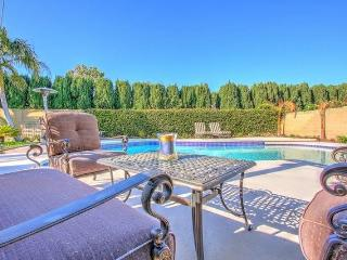 Sparkling pool home in a perfect location, Anaheim Hills