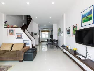2 Bedrooms TownHouse in Hua Hin