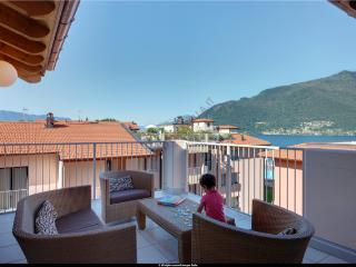 3 bedroom penthouse apartment with pool (BFY13415), Maccagno