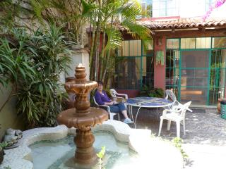 Charming Retreat In The 'heart Of The Village', Ajijic