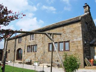 Popples Close Farm - detached farmhouse sleeps 10, Hebden Bridge