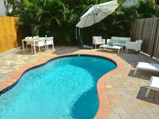 5 STAR NEW 4BR/4BA HEATED POOL HOME 2 BLK TO BCH!, Lauderdale by the Sea