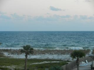 Orange Beach 3 bedroom Condo steps from beach