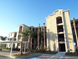 River Strand Condo top floor with amazing views of the Manatee River, Bradenton