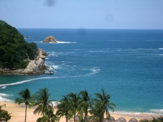 BEST ONE BEDROOM CONDO WITH BEST VIEW, Huatulco