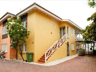 Masbango Appartement with view of Spanish water, Curacao