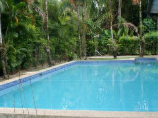 4 bedroom exclusive Villa in Pacific Harbour, Fiji. Can also be rented as 2 and 3 bedroom depending on requirements