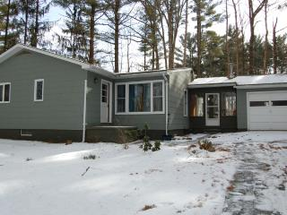 Ranch House in Lakeside Community, Copake