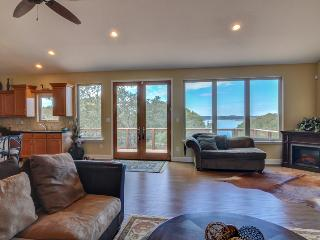 Canyon Cove Retreat, Canyon Lake