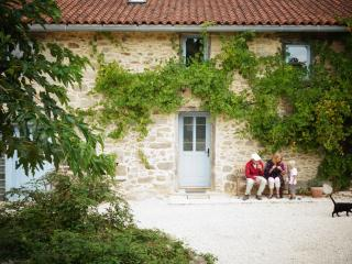 La Marguerite 6 persons Holiday Cottage, Saint-Leonard-de-Noblat