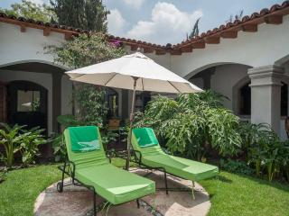 Beautiful house with garden and terrace!, Mexico City