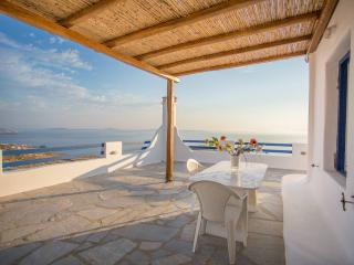 Beautiful 3-bdrm House in Mykonos, Oichalia