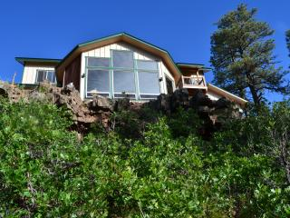 New 3 BR house on canyon ridge with 31 windows, Pagosa Springs
