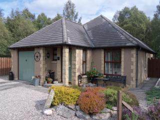 Honeybee Cottage, Aviemore