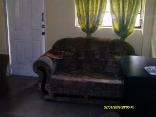2 Bedroom A/C Apartment Within Walking Distance, Vieux Fort