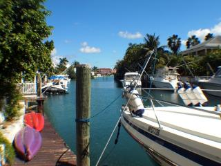 Canal Property with dock in Gated Community, Nassau
