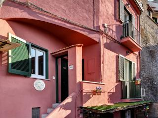Aurora Resort, A charming apartment next to the se, Sorrento
