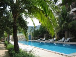 Ground floor apartment next to the pool., Chaweng