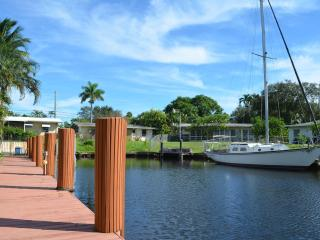 3/2 in Fort Lauderdale.  Waterfront canal.  Bring your boat!