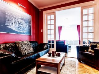 3 bedrooms apartment next to Parliament, Budapest