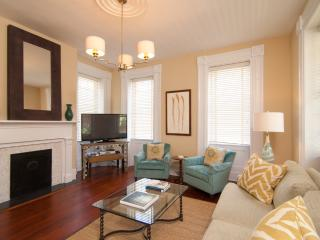 Beautiful Home In The Heart Of Downtown Charleston