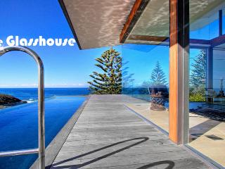 THE GLASSHOUSE - 12 Scenic Hwy, Terrigal
