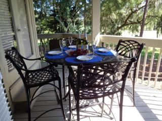 BEAUTIFUL Golf View Villa! Tennis!  December Open!, Hilton Head
