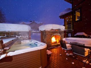 6105 Bear Lodge, Trappeurs, Steamboat Springs
