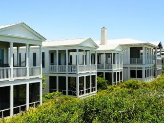 Gift by the Sea - Gulf front Honeymoon Cottage, Seaside