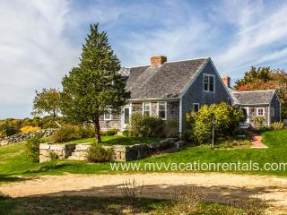 MCCAL - Waterview, A/C, WiFi, Menemsha Pond Access