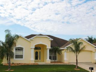 Luxury Golf Villa Close to Disney, Davenport